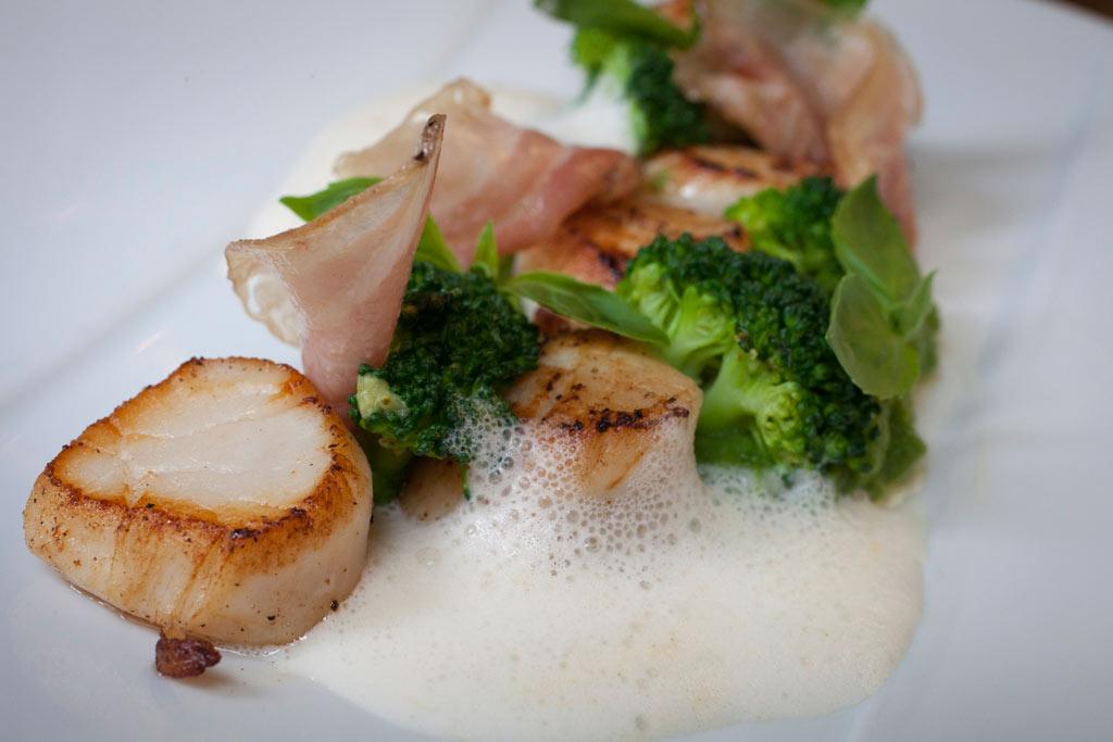 Lilane restaurant gastronomique paris dans le 5 me for Entree gastronomique